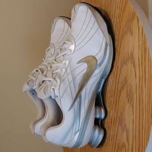 Nike Shox Women's Running walking Sneakers size 8